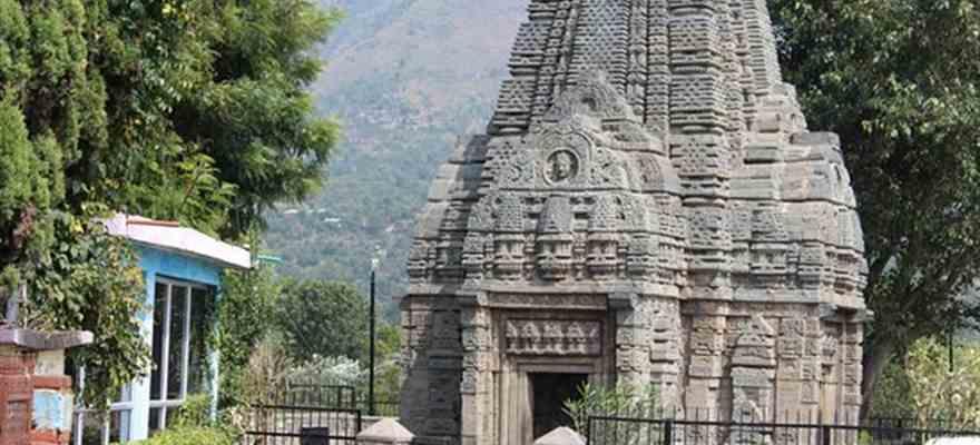 Basheshwar Mahadev Temple in Manali