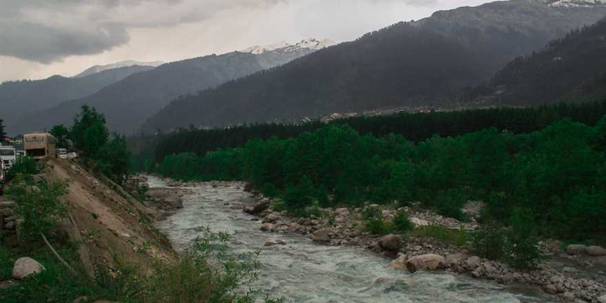 Manali tour package from Barshi