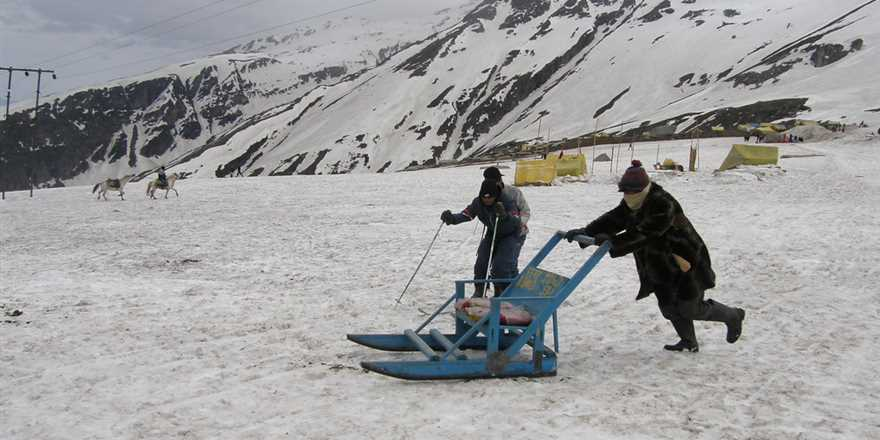 Manali tour package from Giridih