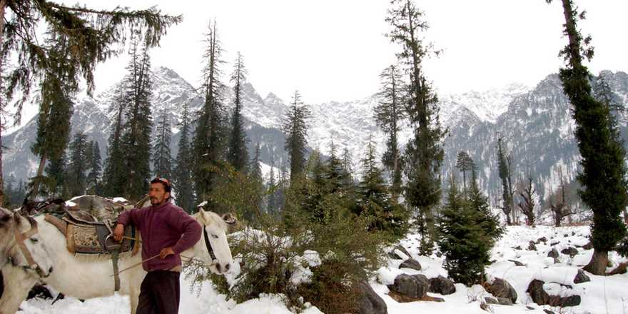 Manali tour package from Hardoi