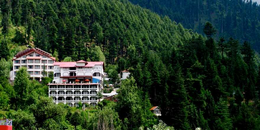 Manali tour package from Valsad