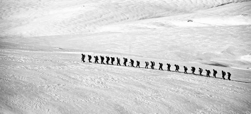 Snow Trekking in Manali