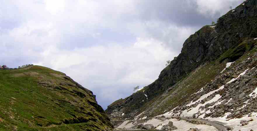 Enjoy A Trip to the Beauty of the Queen of Manali Valley