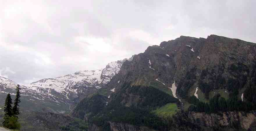 Manali and Ladakh Tour Packages for Nature Lovers