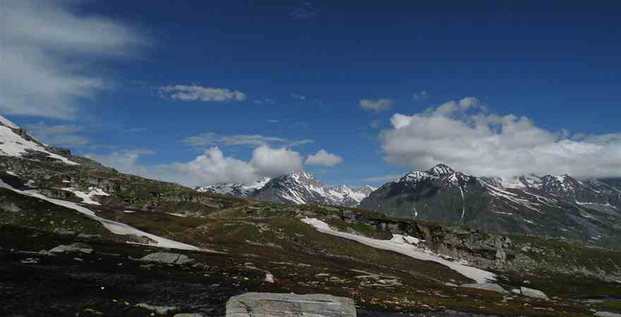 How to Plan Relaxing Manali Honeymoon Packages