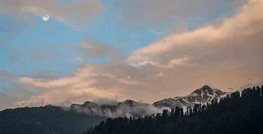 How to Plan a Memorable Honeymoon Packages to Hill Towns Kullu Manali