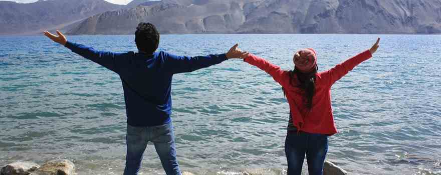 Manali honeymoon packages by Car